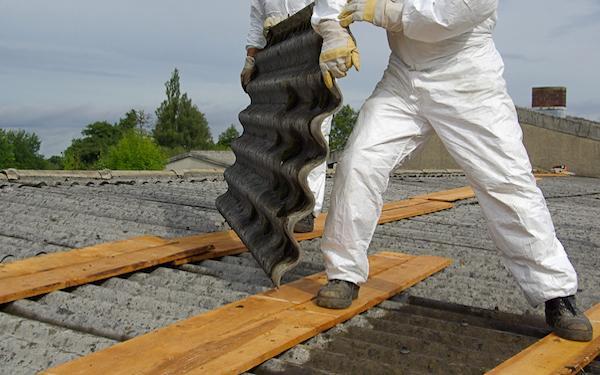Usuwanie azbestu zgodnie z przepisami. Pakowanie, transport usuwanego azbestu, lista składowisk