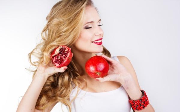 Dieta wzmacniająca włosy i paznokcie: o jakie witaminy i minerały musisz zadbać?