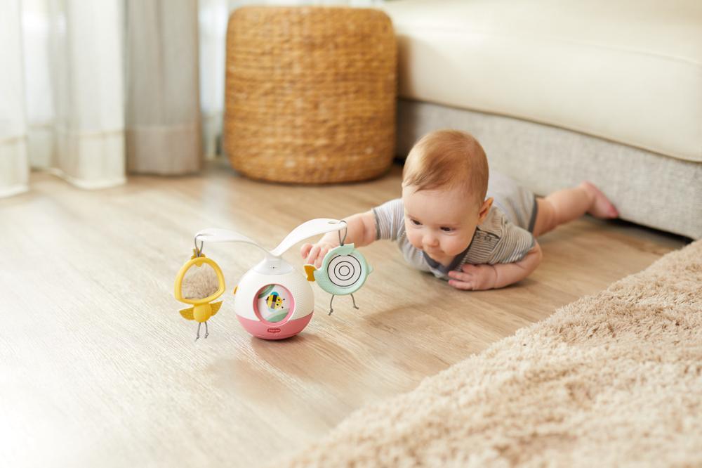 Ruchy i zmysły… Kiedy dziecko zaczyna świadomie się poruszać, widzieć, czuć i słyszeć?